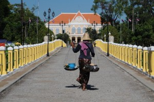 Y880 Battambang 16 Jul 12